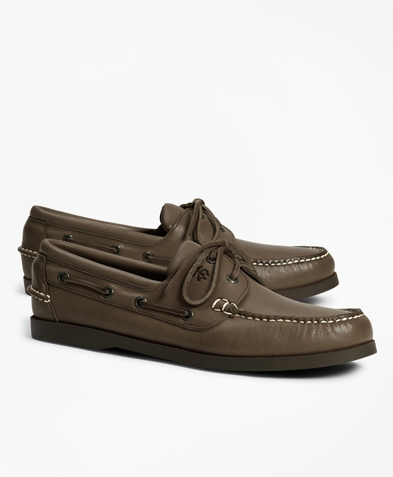 Men's White and Brown Leather Boat Shoes | Brooks Brothers