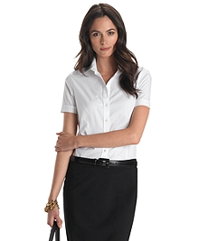 Petite Non-Iron Tailored Fit Short Sleeve Dress Shirt