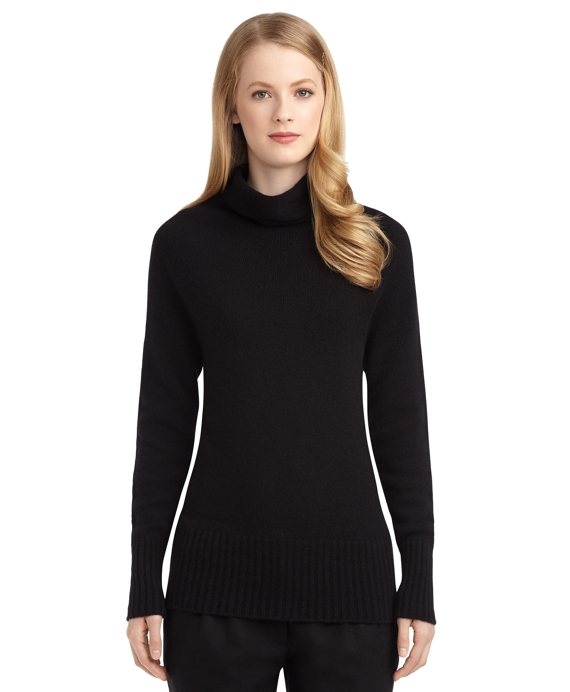 Women's Black Fleece Cashmere Turtleneck Sweater