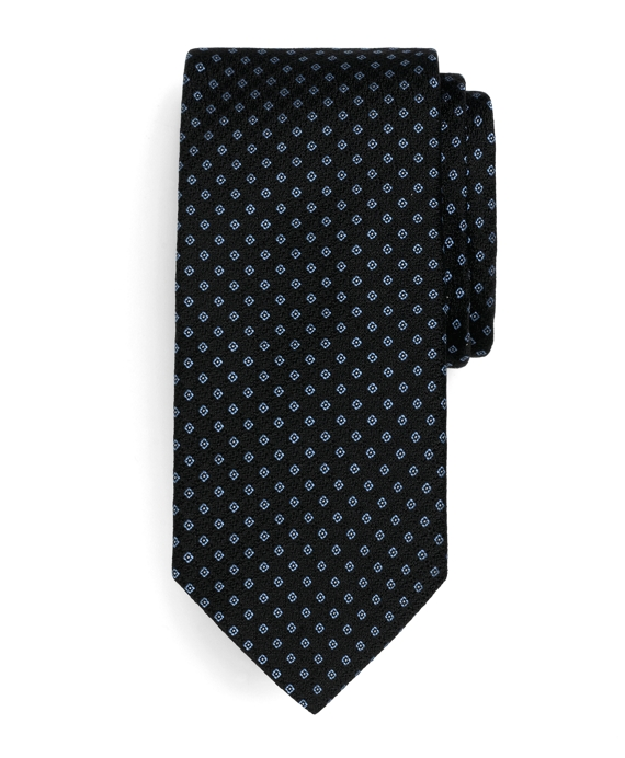 Small Square Tie Black