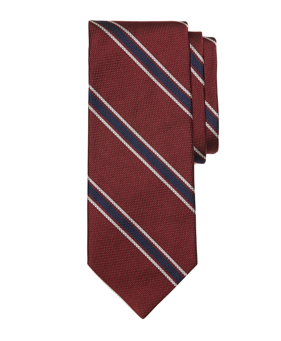 http://s7d4.scene7.com/is/image/BrooksBrothers/MA01762_BURGUNDY?$bbproductimages$
