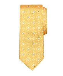 Alternating Spaced Medallion Tie