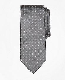Textured Four-Dot Flower Tie