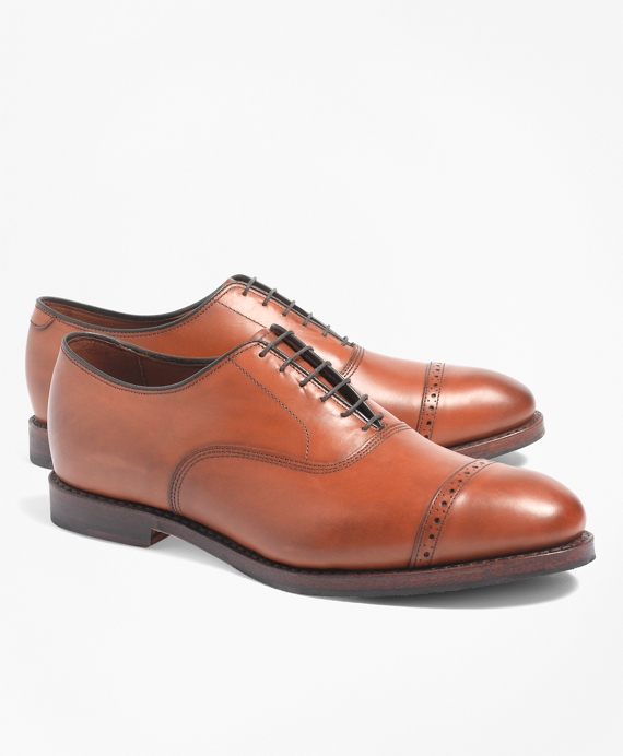 Perforated Captoes Walnut