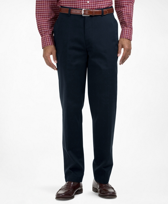 Clark Fit Plain-Front Lightweight Advantage Chinos® Navy