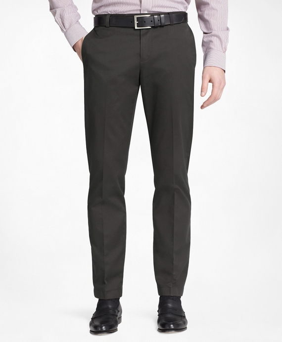 Milano Fit Plain-Front Lightweight Advantage Chinos® Black