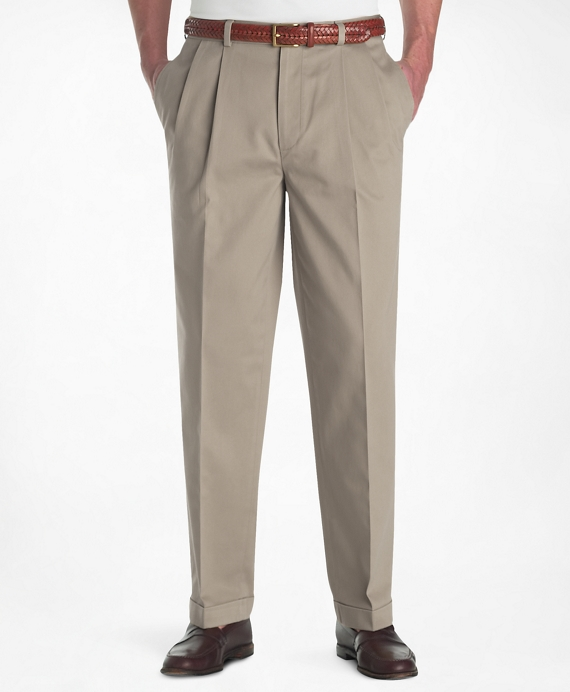 Elliot Fit Pleat-Front Lightweight Advantage Chinos® Khaki