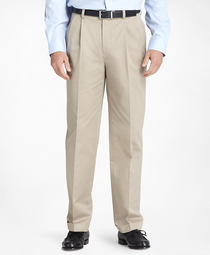 Thompson Fit Pleat-Front Lightweight Advantage Chinos®