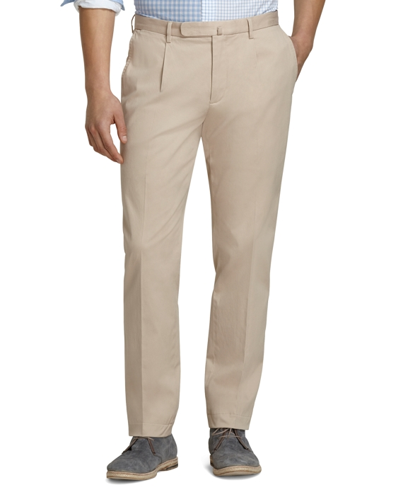 Slim Fit Pleat-Front Chinos Oatmeal