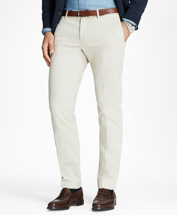 Garment-Dyed Chinos Oatmeal