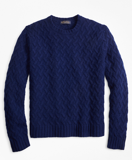 Traveling Cable Crewneck Sweater
