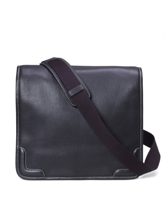 Pebble Leather Messenger Black