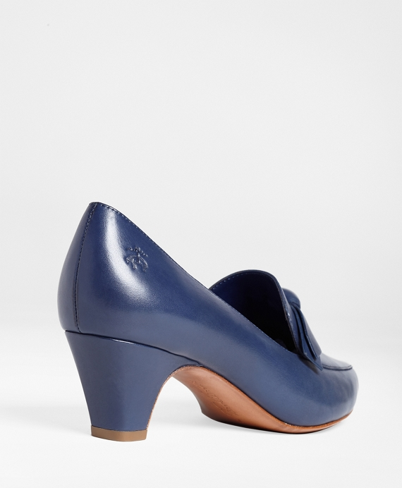 Brooks Brothers Leather Pointed-Toe Pumps Fashionable Online Free Shipping Find Great Outlet Cheap Quality u2x8W