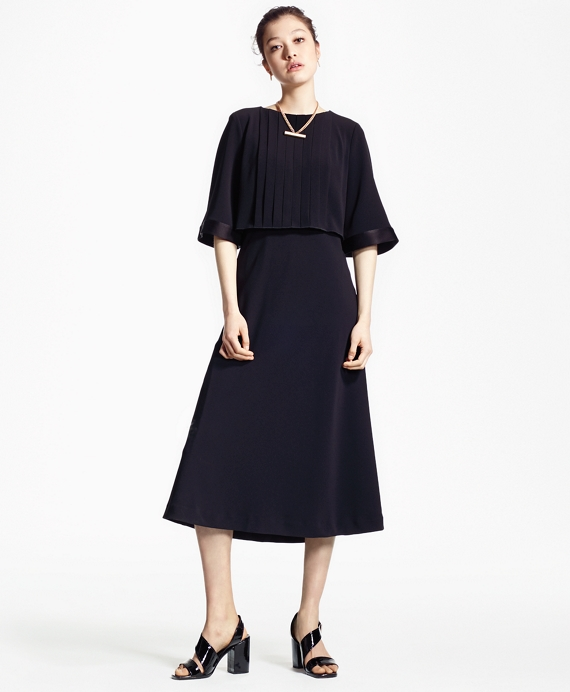 Crepe Elbow-Length Pleated Dress Black