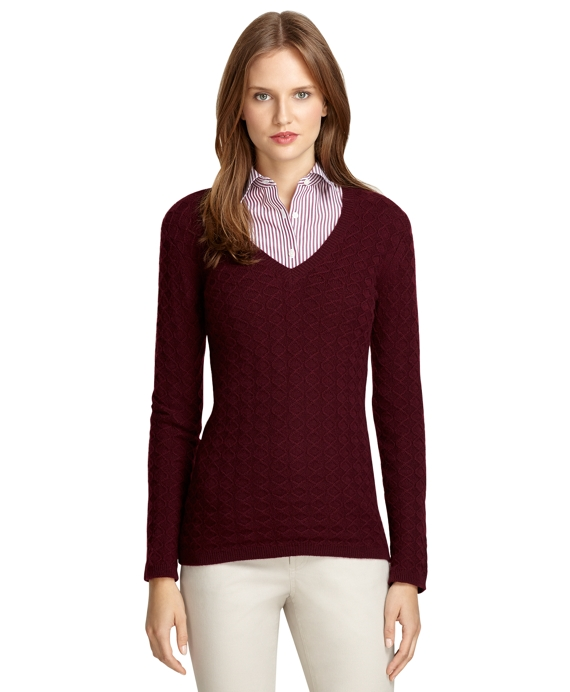 Long-Sleeve Cashmere V-Neck Sweater Wine