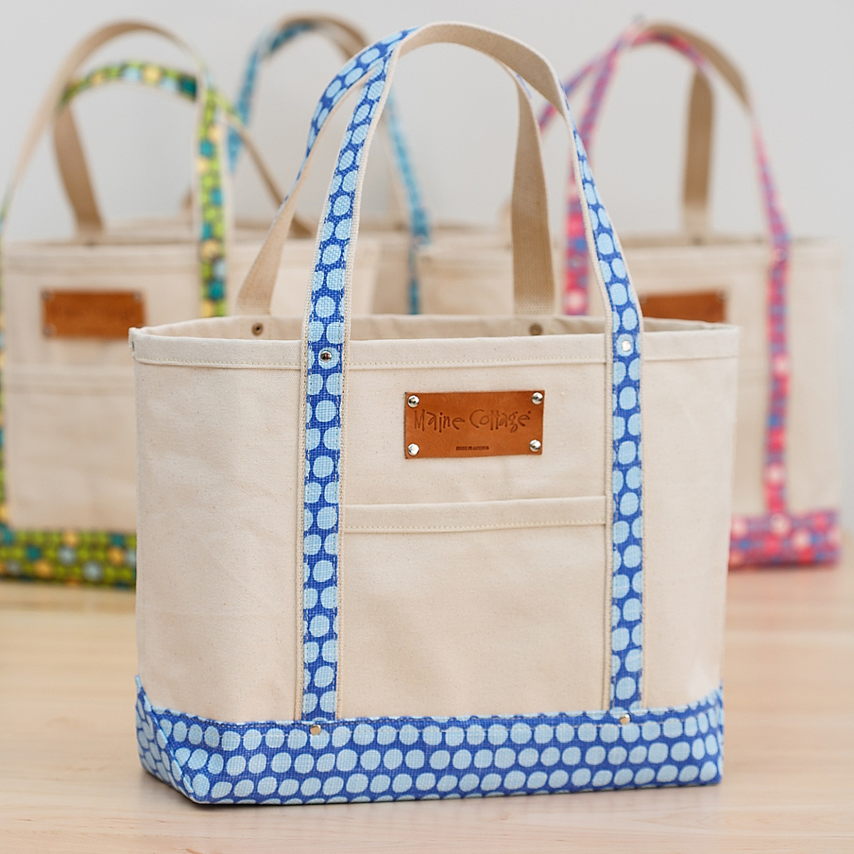 Tote Bag in Hotty Dotty / China Blue
