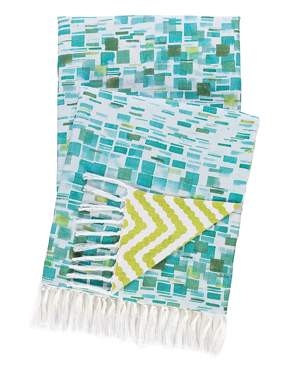 Villa Tile Reversible Throw