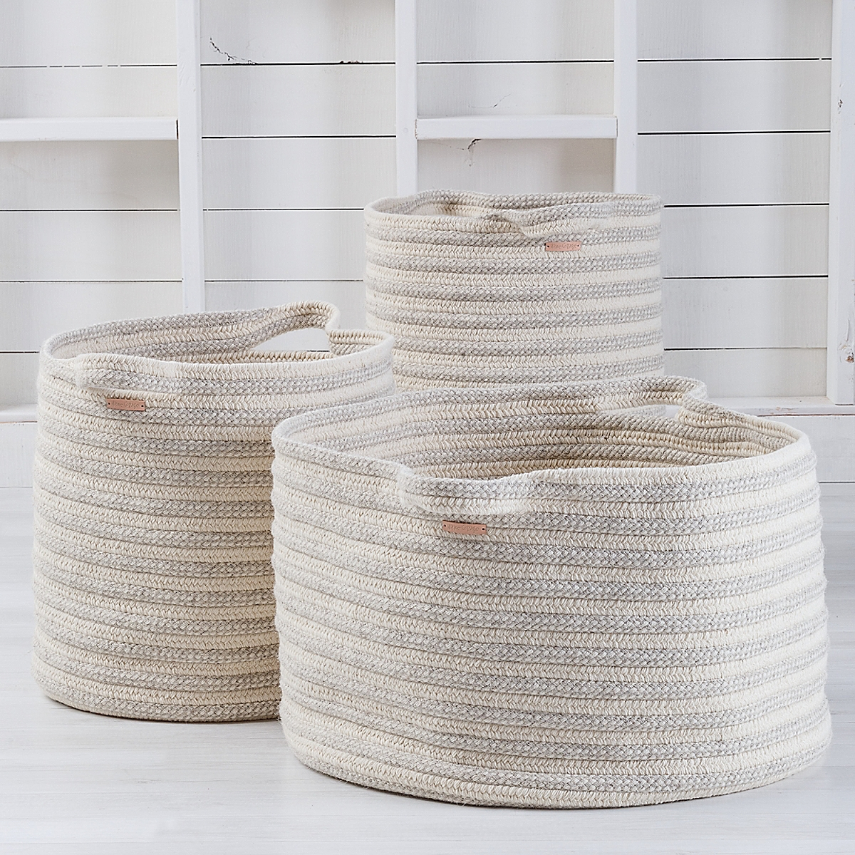 Big Braided Wool Basket - Stripe