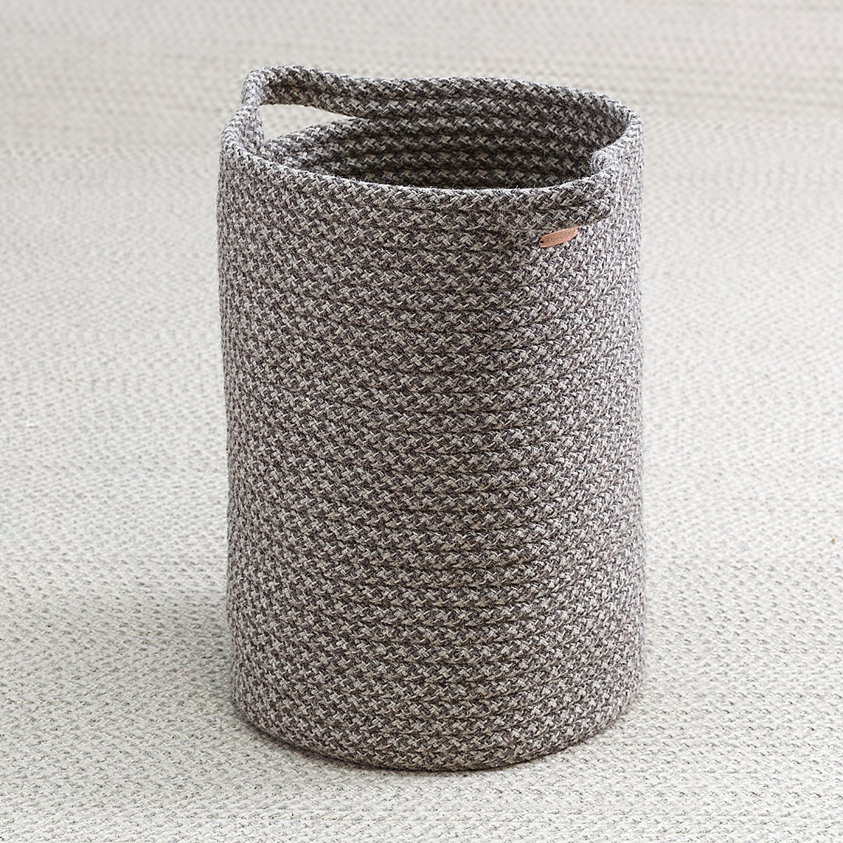 Big Braided Wool Basket - Houndstooth