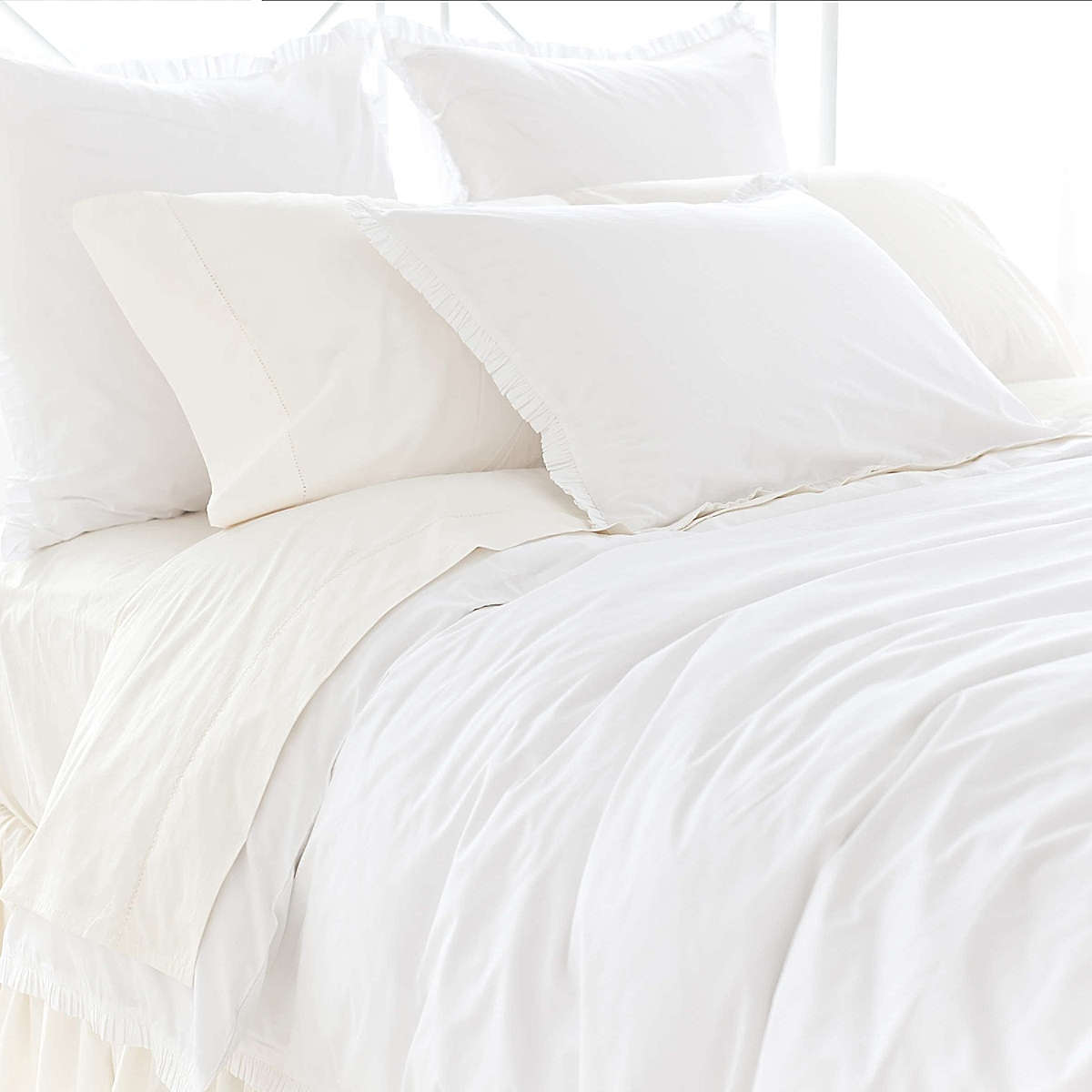 Classic Ruffle Duvet Cover And Sham