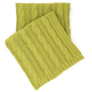 "Comfy Cable Knit Green Throw 50"" x 70"""
