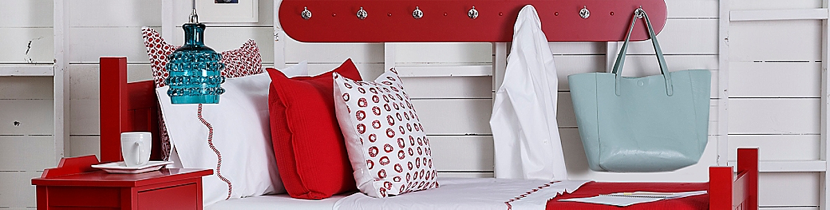 Your Home Needs Endorphins Too Maine Cottage Accessories Bring Just The Right Amount Of Punch To Your Palette From Sturdy Totes And Sunbrella Storage