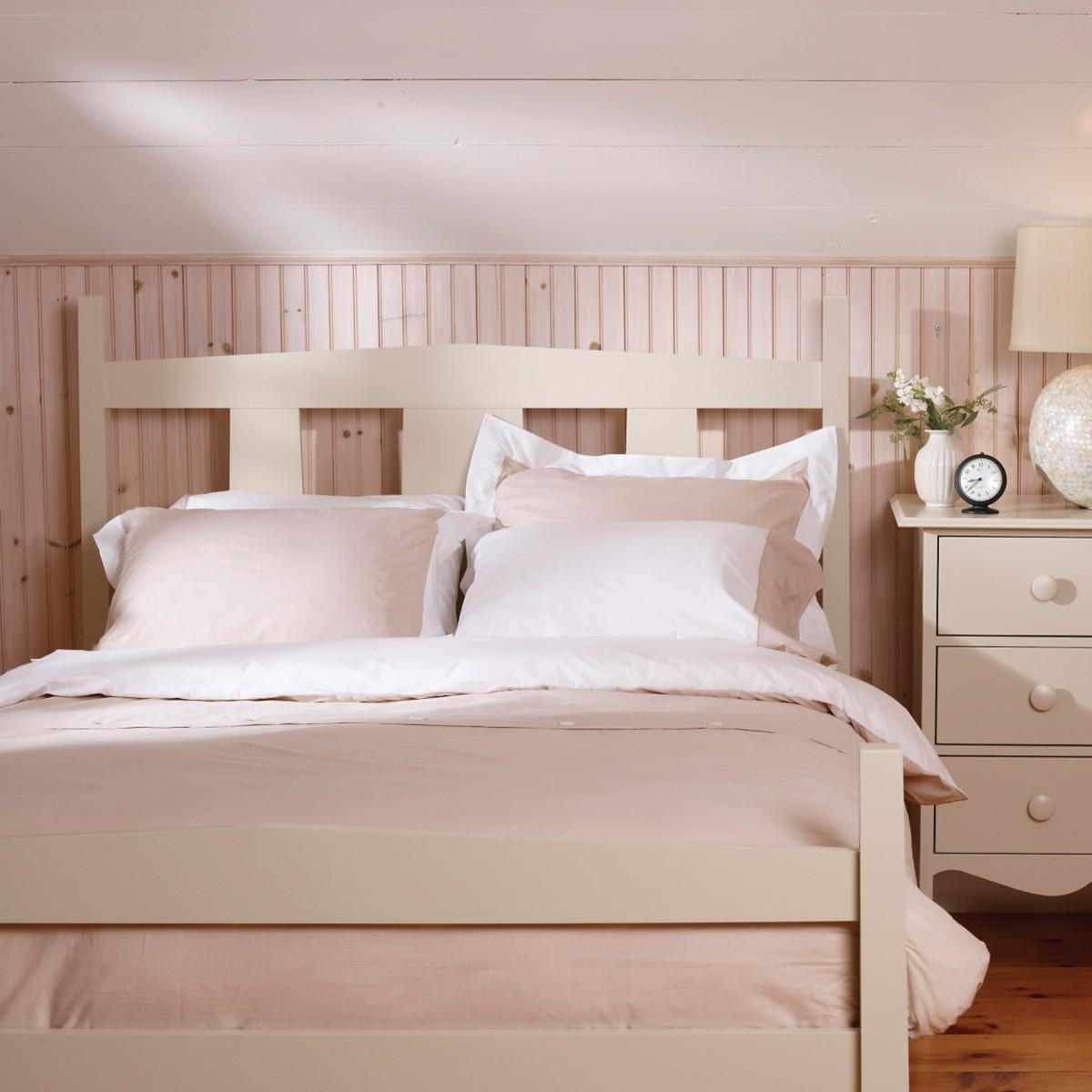 Meriweather Bed