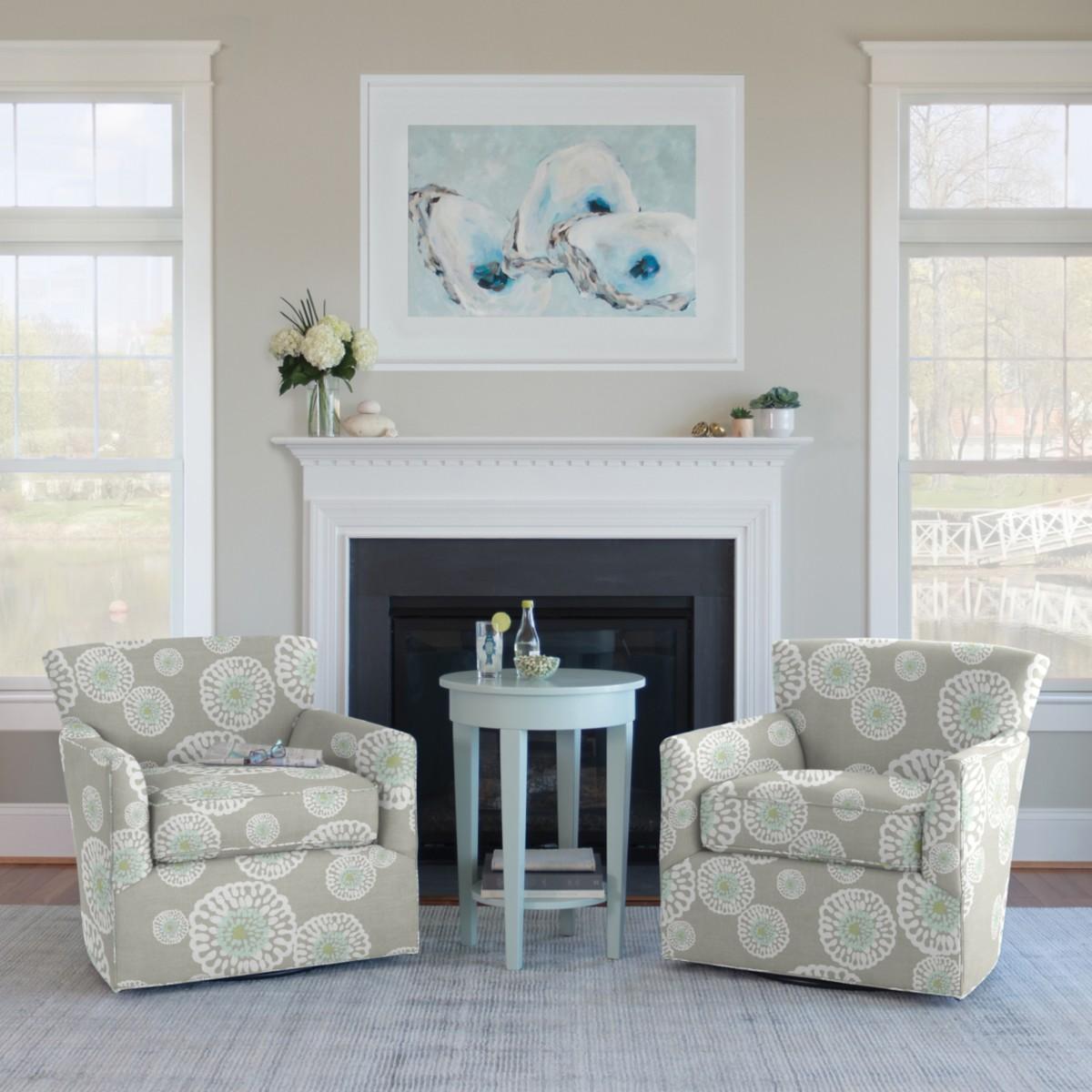 Nina Swivel Chair