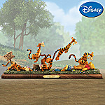 Disney Winnie The Pooh And Tigger Collectible Sculpture: Hello Pooh