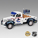 1:25 Let's Go Canucks(R)! NHL Collectible 1947 Dodge Pickup Truck Diecast