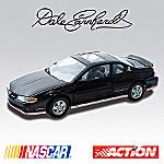 1:18 ARC Dale Earnhardt 2002 Monte Carlo(R) SS Signature Edition Diecast Car
