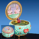 I Love Lucy Collectible Chocolate Factory Hinged Music Box