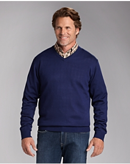 B&T Douglas V-neck