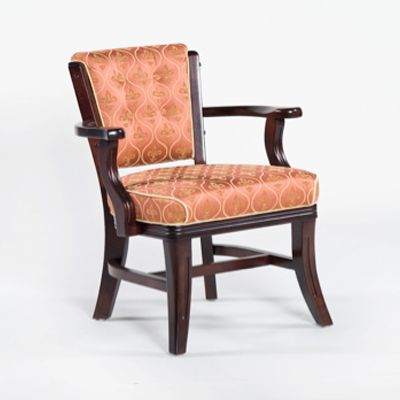 Maple 4-Leg Club Chair