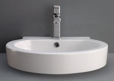 Nord Ceramic Vessel with Overflow