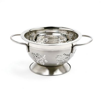 1.5 Qt. Stainless Steel Colander Berry
