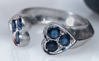 Women's Blue Sapphire Heart Ring - 18k Brushed White Gold