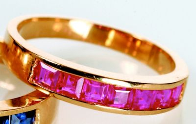 Women's Ruby Stackable Ring - 18k Yellow Gold