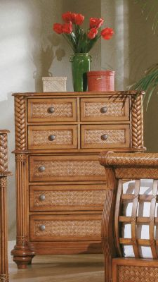 Palm Court 7-Drawer Chest