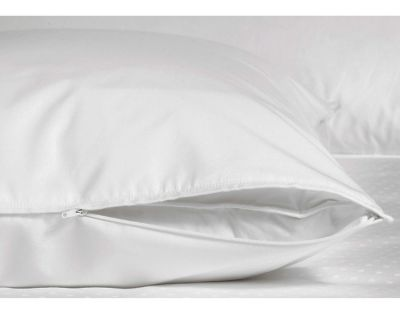 Zippered Sateen Pillow Protector