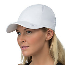crestible cap in white