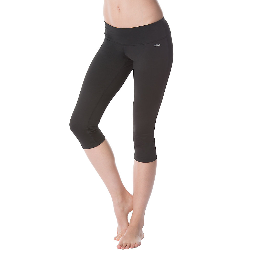 solid tight capri in black
