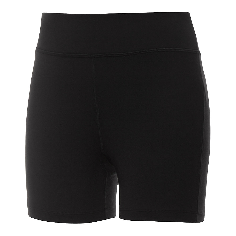 essential short in black