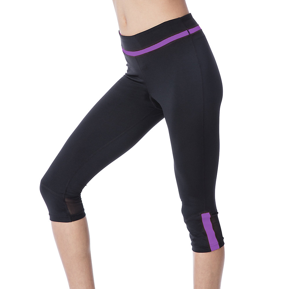 blast tight capri in black
