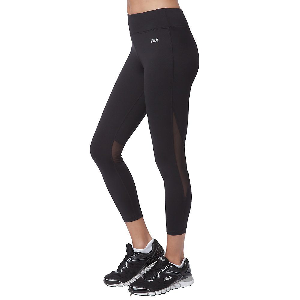 back knee illusion 3/4 capri in black