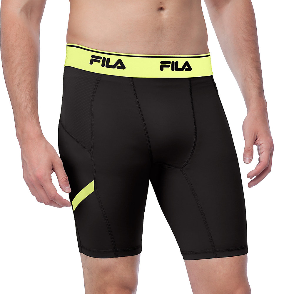 endurance compression short in black