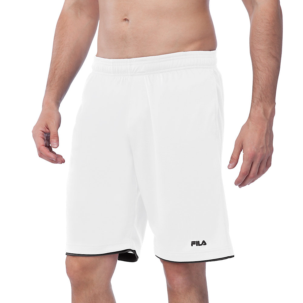 focus short in white