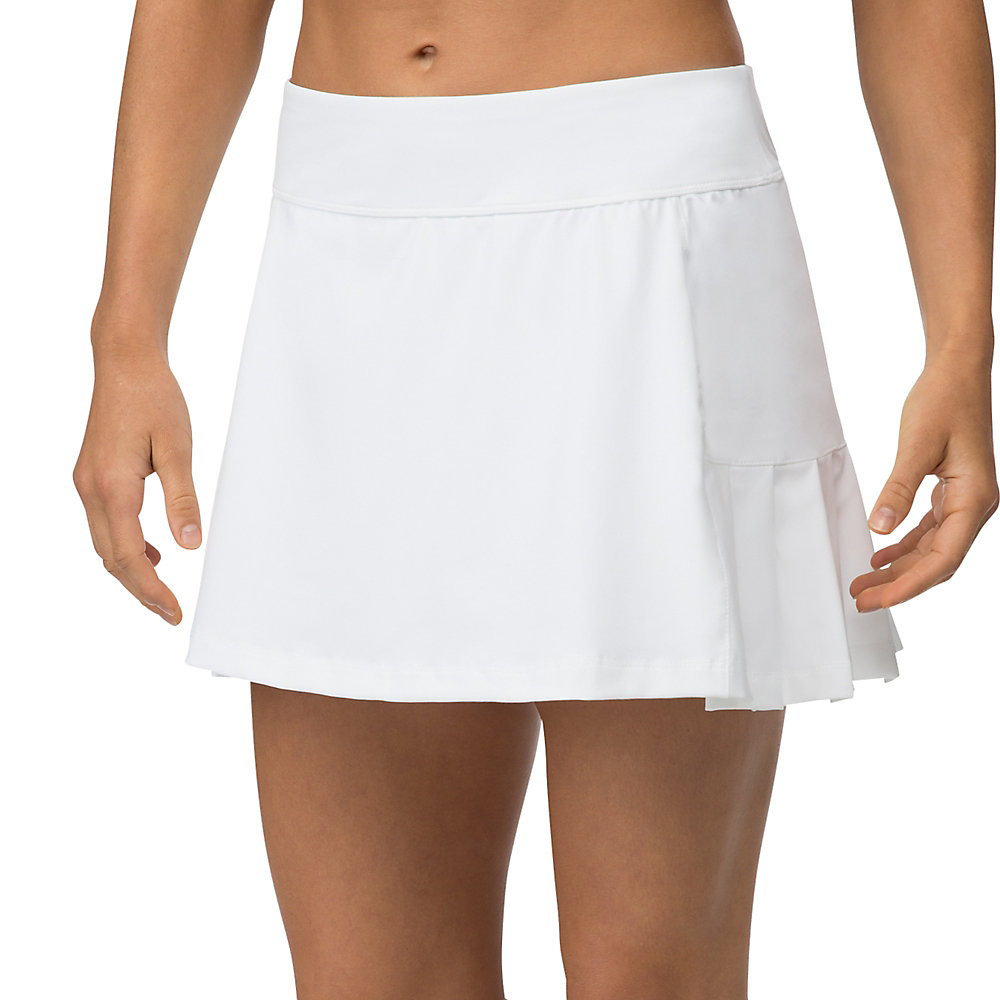 pleated back skort in white