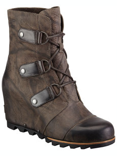 joan of arctic grill wedge boot