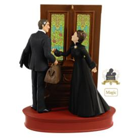 Frankly My Dear 2009 Hallmark Ornament Reviews